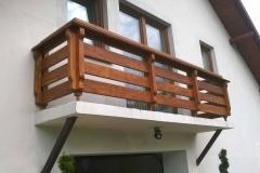 Balkony na wymiar drewniane